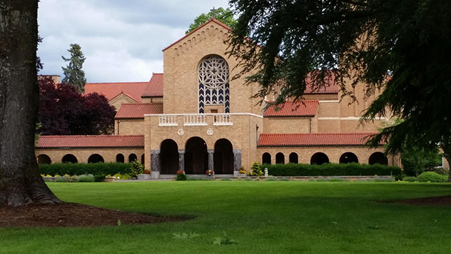 Abadía benedictina de Mount Angel, en Oregón