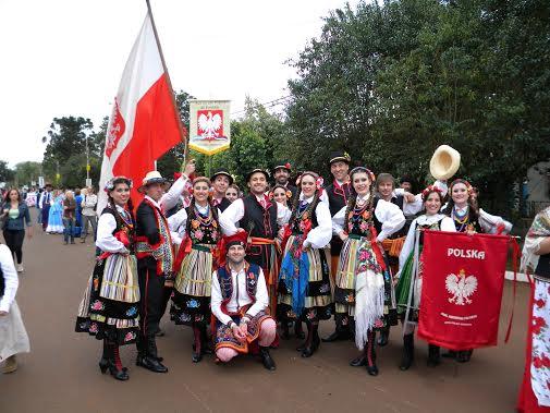 emigrantes_polacos_trajes