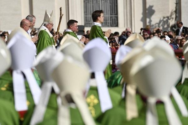 papa-misa-sinodo
