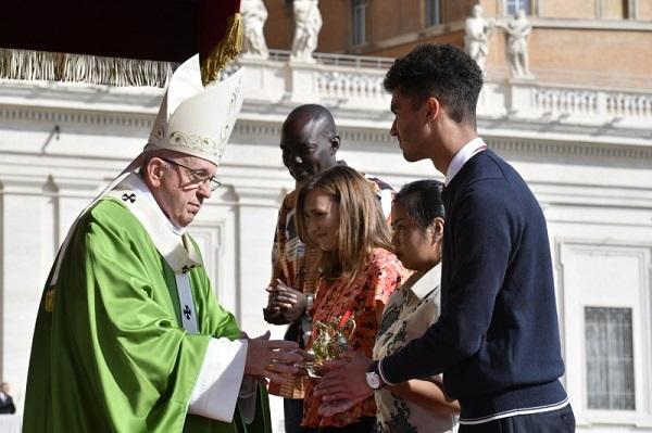 papa-misa-sinodo3