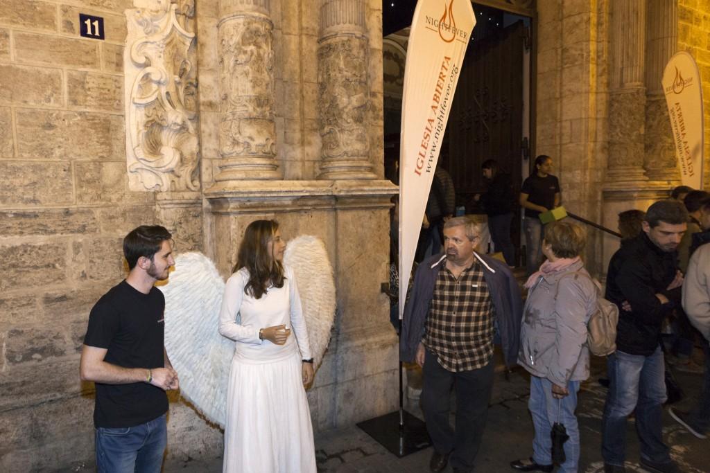 nightfever_iglesia_abierta_1
