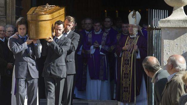 funeral_belen_langdon