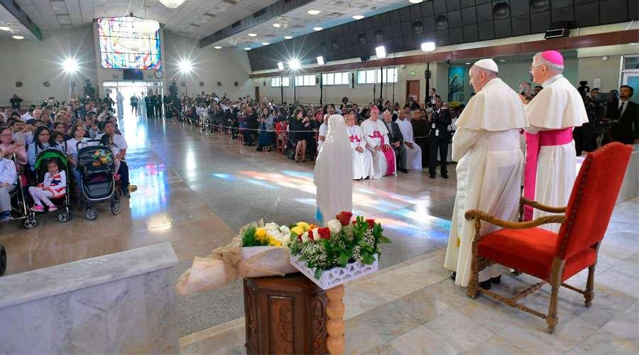 emiratos_saludo_catolicos
