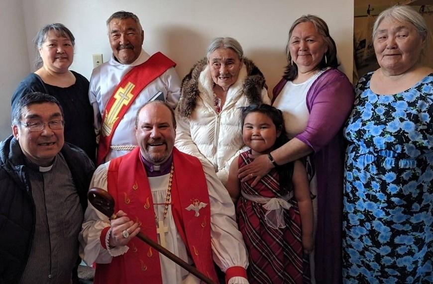 obispo_joey_artico_diacono_artic_bay