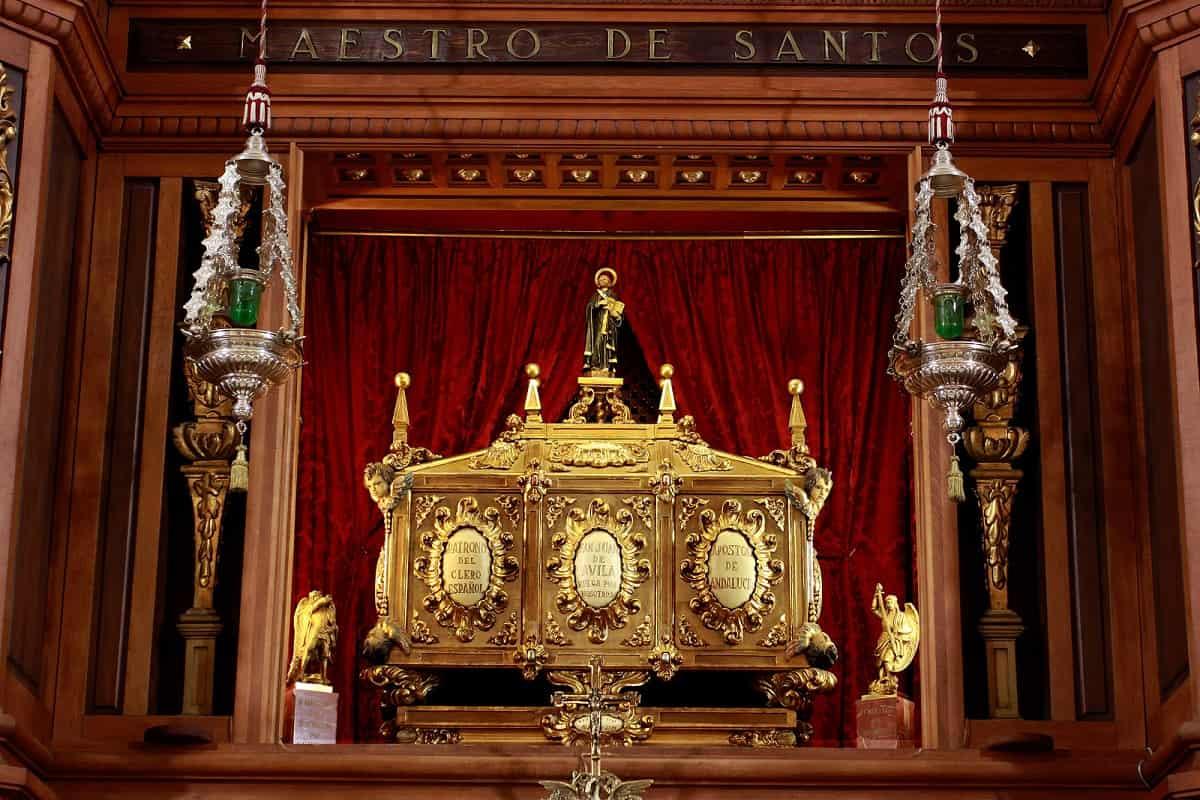 Los restos de San Juan de Ávila se encuentran en la basílica de Montilla