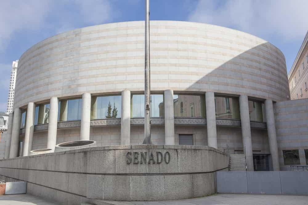 El Senado de España, desde uno de sus laterales