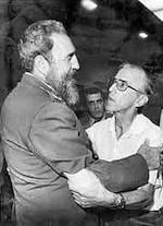 Pedro Casaldáliga y Fidel Castro.
