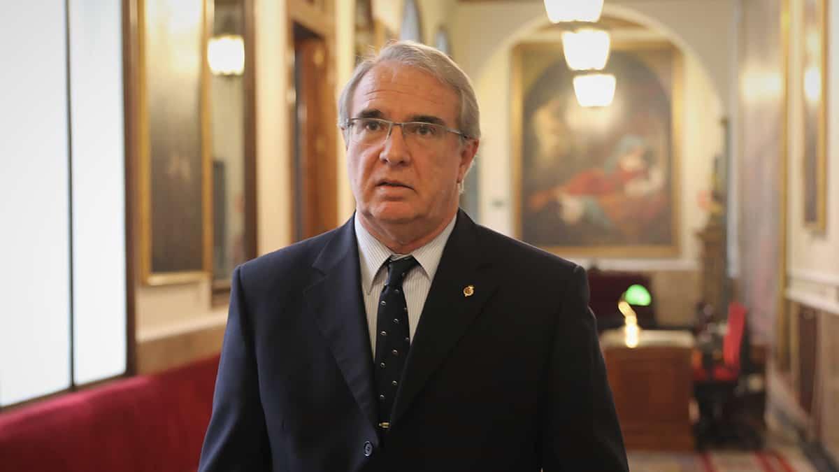 El médico y senador de Vox José Manuel Marín