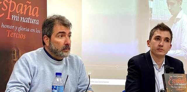 Juan Víctor Carboneras y Rafael Rodrigo en la presentación de