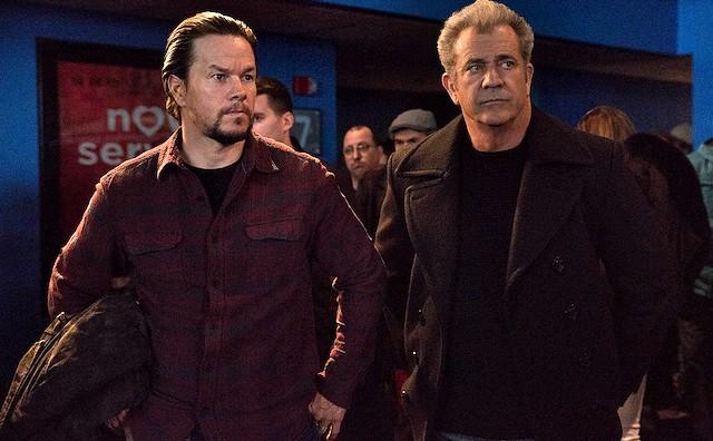 Mel Gibson y Mark Wahlberg en Padres por desigual.