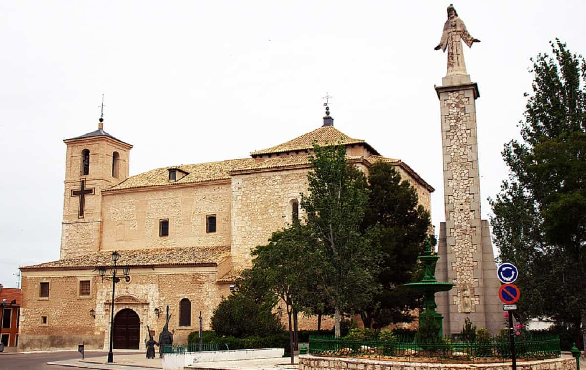 Monumento al Sagrado Corazón en Ocaña (Toledo)