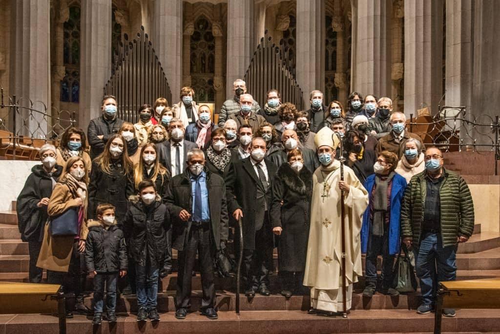 Ordenación del obispo Javier Vilanova, con amigos, familiares y mascarillas