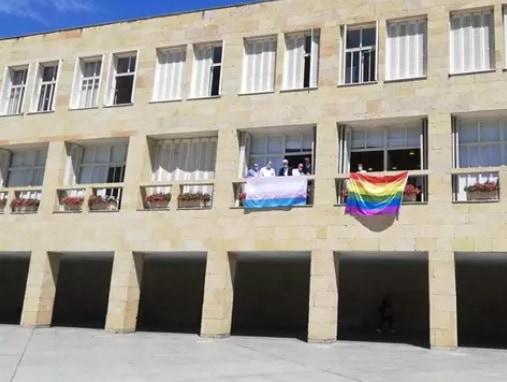 La bandera gay y transexual en el ayuntamiento de Logroño