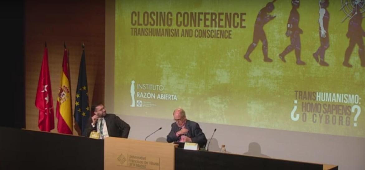 Juan Arana en su conferencia sobre transhumanismo y conciencia en la Universidad Francisco de Vitoria