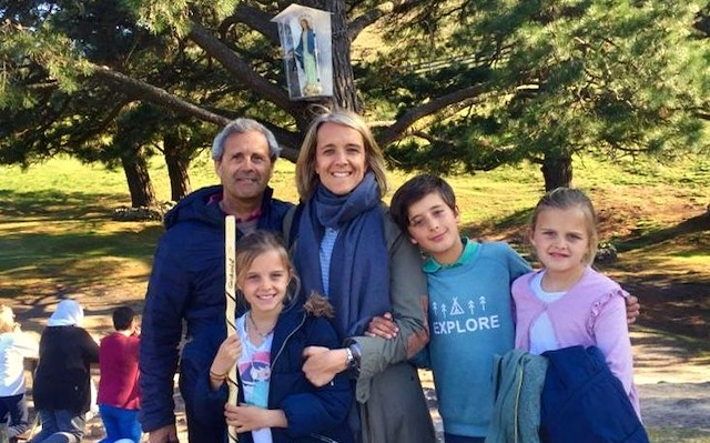 Josemari con su familia.