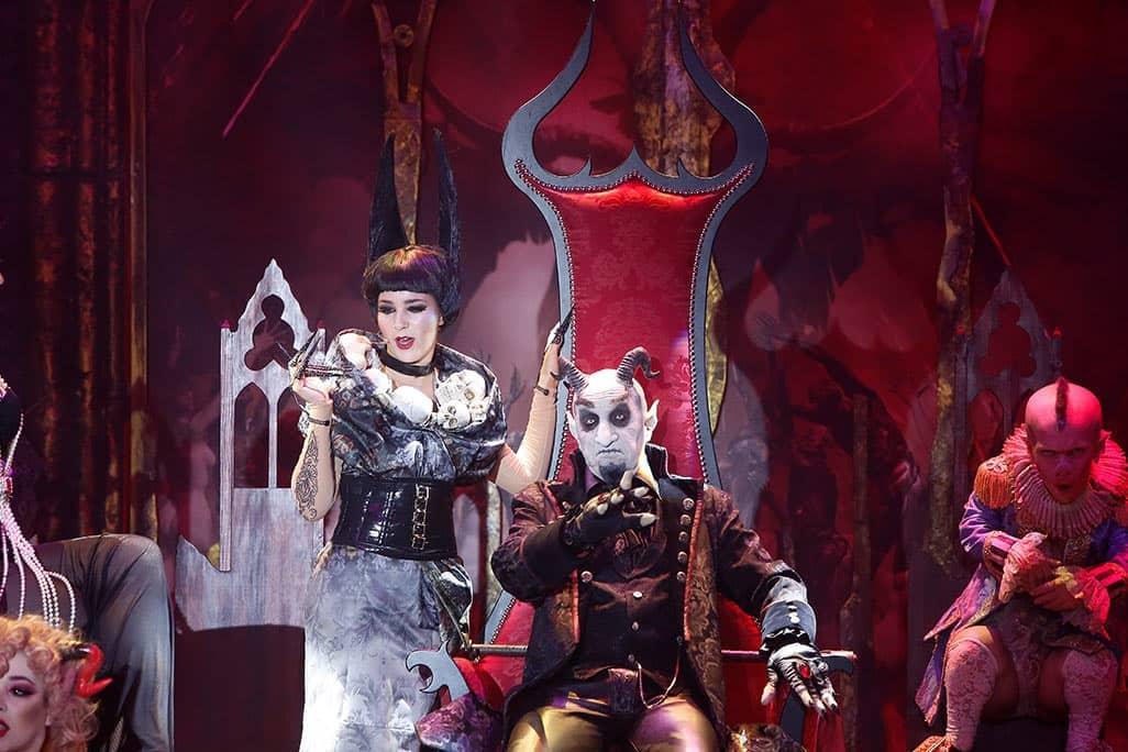 Escena del espectáculo Bacanal / Foto del Circo de los Horrores