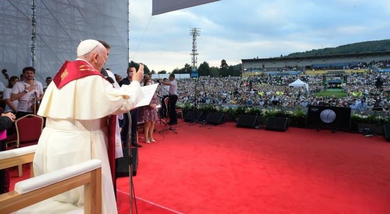 El Papa, con los jóvenes católicos eslovacos