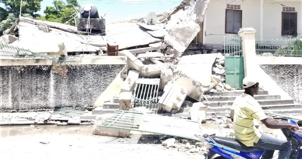 Destrozos del terremoto de Haití de agosto de 2021... empeorando una situación ya desastrosa