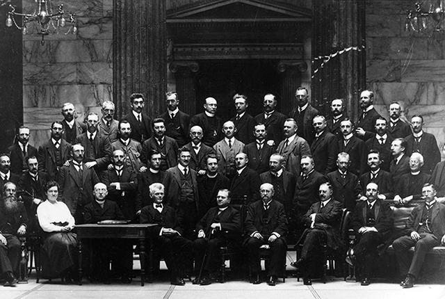 Hildegar Burjan en el Parlamento de Viena en 1919
