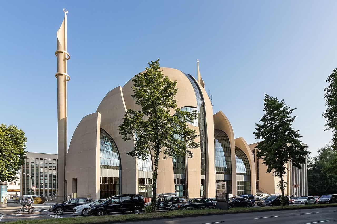 Mezquita central Ditib en Colonia - foto de Wikipedia Commons