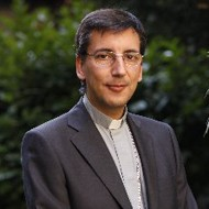 Monseñor José Luis Mumbiela