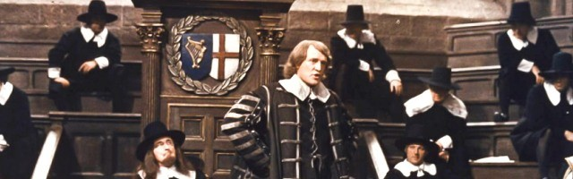 Richard Harris, en la película de 1970, como el dictador republicano Olivier Cromwell, en un parlamento controlado por los puritanos