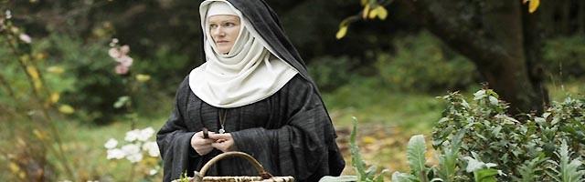 Barbara Sukowa interpretó a Santa HIldegarda en la película Visión, dirigida en 2009 por Margarethe von Trotta.