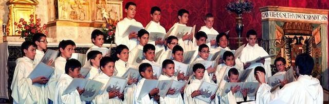 Los escolanes del Valle de los Caídos, durante un concierto en Tordesillas (Valladolid).