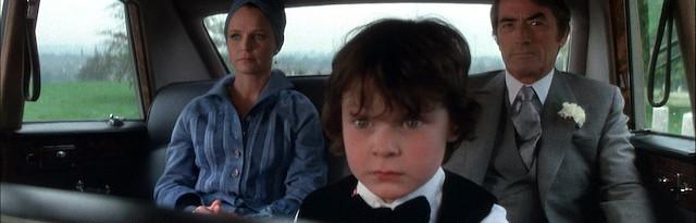 Harvey Stephens es el niño-Anticristo en La Profecía The Omen, la película que rodó Richard Donner en 1976, con Gregory Peck y Lee Remick como protagonistas.