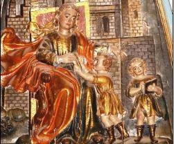 Santa Marta con los niños Justo y Pastor.