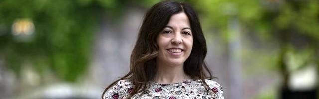 Natalia Sanmartín Fenollera ha convertido su novela en un bestseller en todos los idiomas y países describiendo un mundo empapado de Tradición más que de Modernidad.