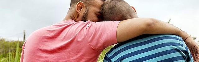 los hombres gay enganchar hombres solteros en nosotros