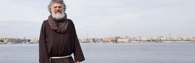El padre Salinaro es ahora párroco en el sur de Italia y su testimonio ayuda a muchos jóvenes para no caer en las drogas