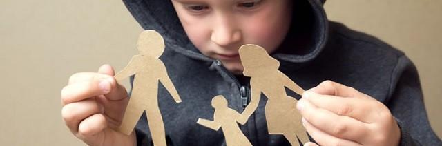 La situación ideal para un niño, según numerosos estudios, es criarse con un padre y una madre