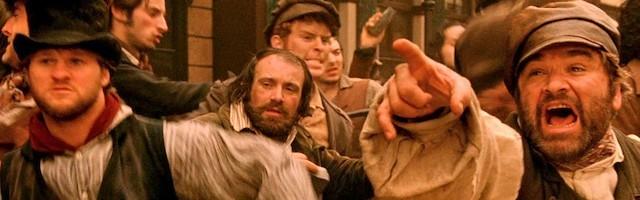 Gangs of New York (2002), de Martin Scorsese, una película donde está latente el conflicto religioso entre protestantes y católicos.
