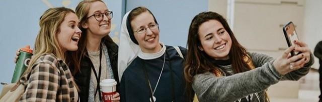 Más de 8.000 jóvenes católicos se reunieron en Chicago en un congreso de liderazgo para evangelizar en la universidad