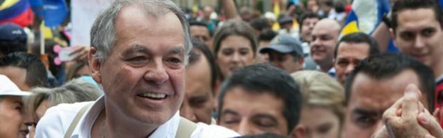 Alejandro Ordóñez, candidato a la presidencia, es católico practicante y no tiene miedo de reconocerlo