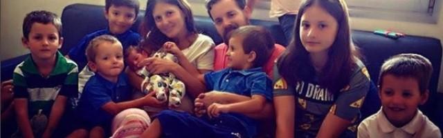 Israel e Irene tienen 9 hijos, además de la pequeña Nazaret que observa desde el cielo