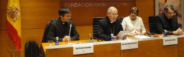 De izquierda a derecha, el P.Granados, Reig Pla, Kuby y Pablo Cervera