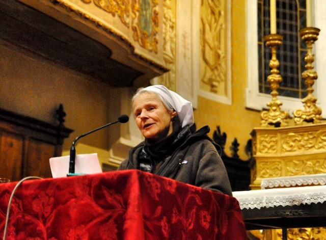 Sor Emmanuel llenó para escucharla el templo de María Reina de las Familias, en San Marino in Rio. Foto: Valeria Manfredini Battistelli.