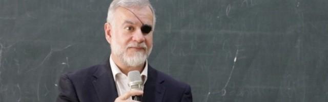 José Javier Esparza ha pedido en el Encuentro por los 10 Años de ReL que se multipliquen las voces críticas