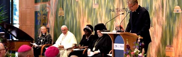 Francisco en Ginebra en el Consejo Mundial de las Iglesias, del que la Iglesia Católica no es miembro