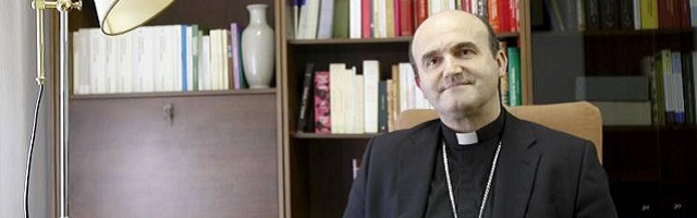 El obispo de San Sebastián ya ha convertido en tradición su recomendación de lecturas para el verano