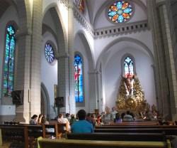 La parroquia -o catedral- de Tashkent, con misas en ruso, inglés y coreano