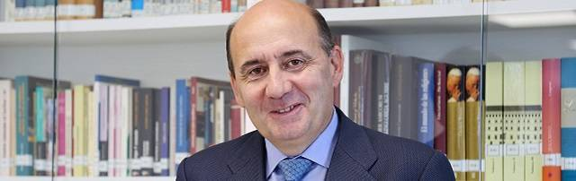 Juan Luis Jarillo es profesor de Derecho Civil en la San Pablo-CEU, además de Secretario de la Fundación San Pablo-CEU