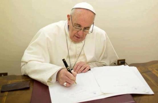 El Papa Francisco ha ordenado reescribir el párrafo del Catecismo que habla de la pena de muerte