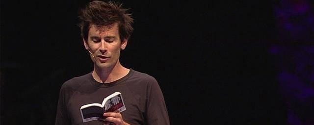 Craig Gross, fundador de la XXXChurch en una predicación