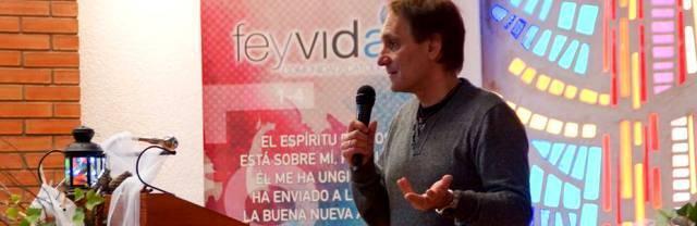 Josué Fonseca, fundador de Fe y Vida y profesor de instituto, intenta explicar la fe a un mundo postmoderno y descreído