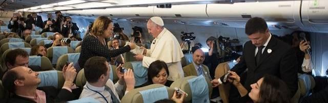 El Papa habló de cómo se desarrolló la visita por los países bálticos, pero también quiso hablar de China / Vatican News