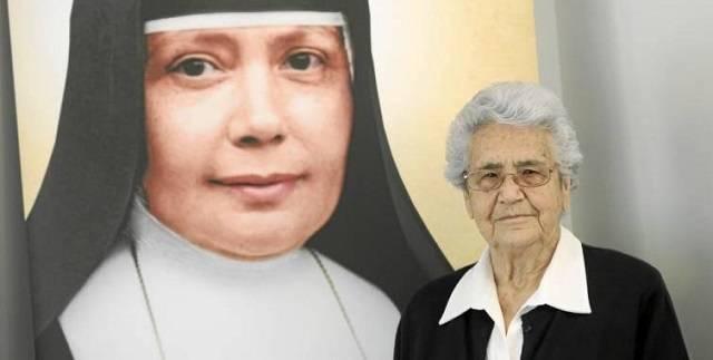 María Victoria Azuara es la religiosa española de 91 años sobre quien se obró el milagro que hará santa a la Madre Ignacia Nazaria